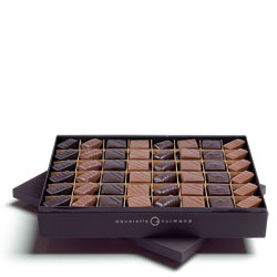 100% Pralines dark, white and milk chocolates