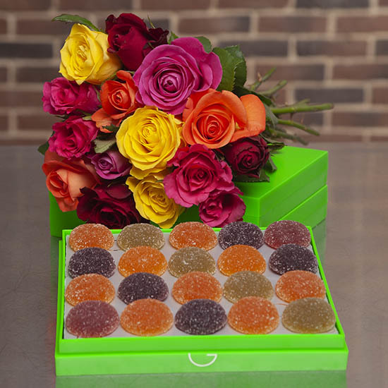 Fruit pastes with a bouquet of 15 roses