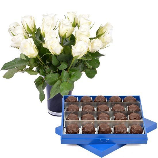 Dark Ecuador Chocolate Rochers + 20 roses and a vase