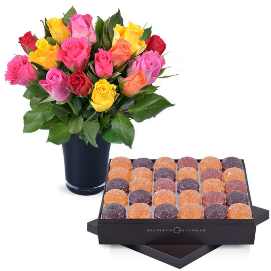 Fruit pastes + 15 roses and a vase