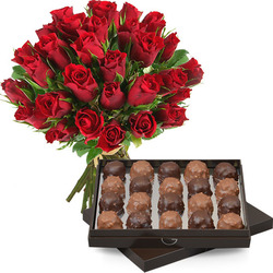 30 red roses + 210g of rochers