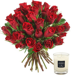 30 red roses and a 70g scented candle